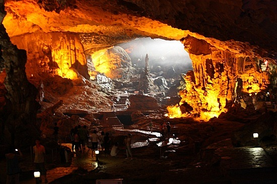 sung-sot-cave.jpg